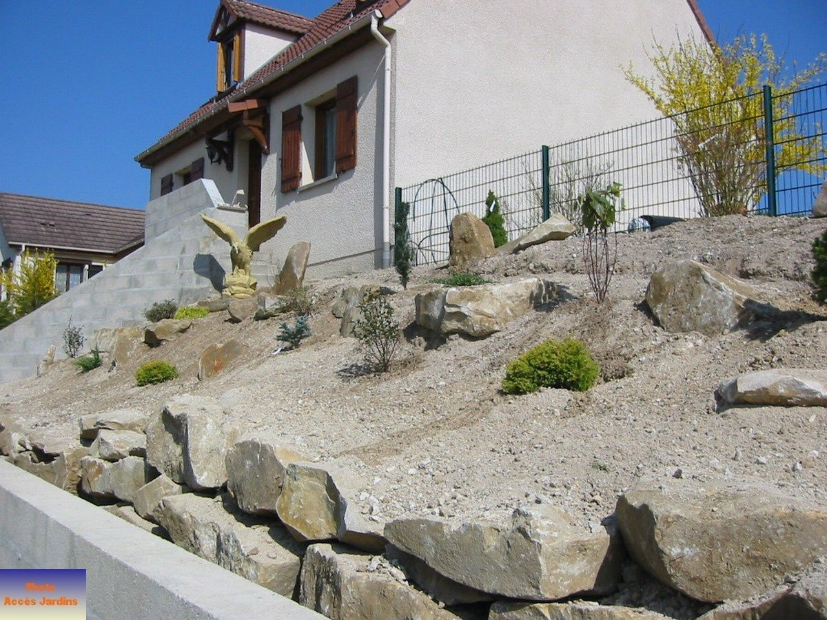 Am nagement paysager sur pinterest photos php et ext rieur for Amenagement talus jardin